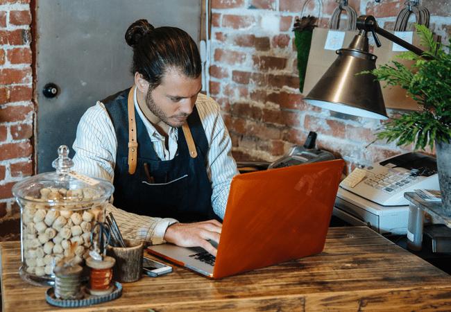Estabelecer Uma Presença Online Efetiva