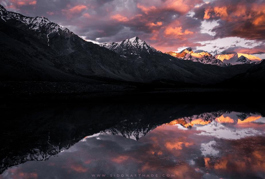 Vale Suru, Índia por Siddhartha De